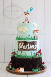 3 tier foxes woodland cake