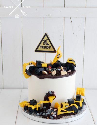 digger cat mud construction cake