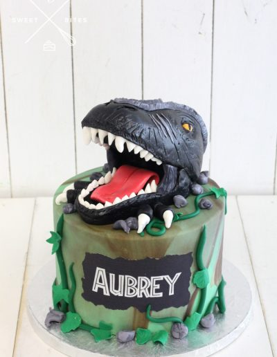 dinosaur head trex cake