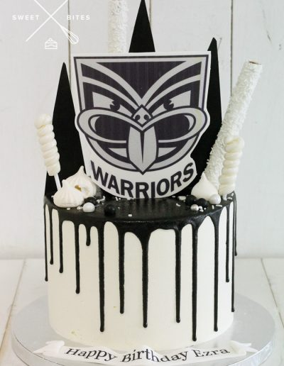 warriors rugby league black white cake