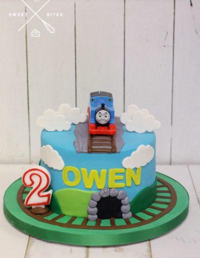 thomas the tank engine cake train 2nd birthday