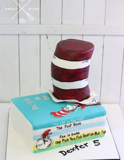 dr seuss cake cat in the hat