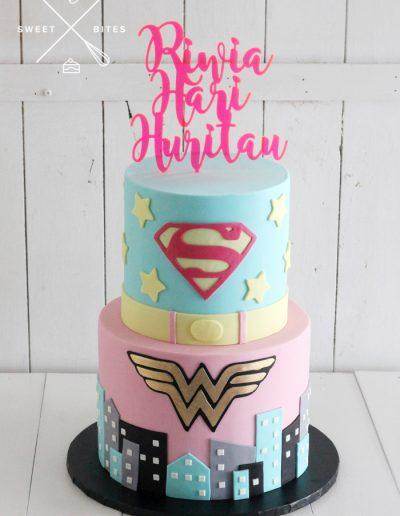 pink superman wonder woman girl 2 tier cake DC