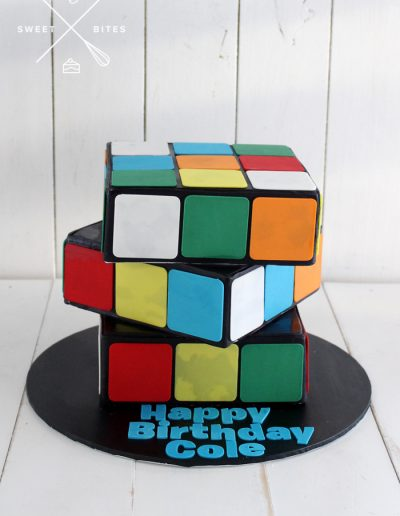 3d rubix rubicks cube cake