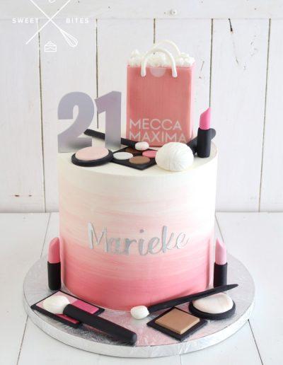 21st make up mecca girlie cake
