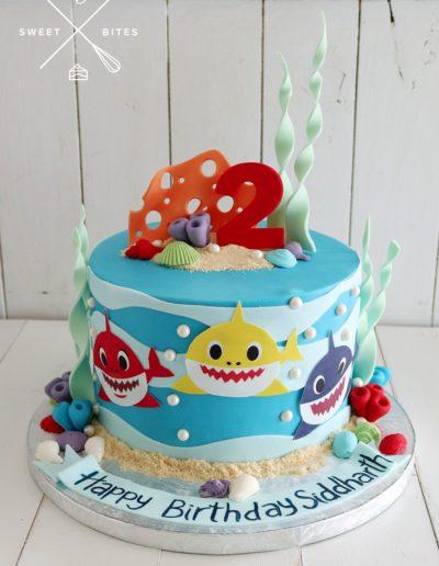 baby shark cake sea ocean waves