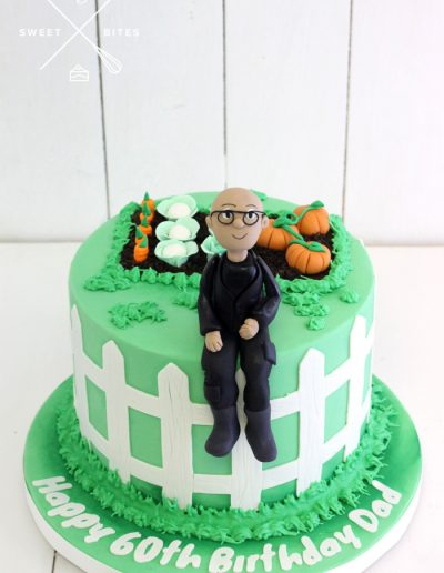 vege garden gardener cake pumpkin patch