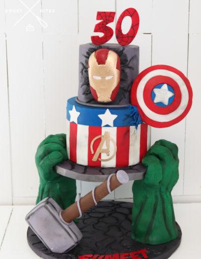 thor iron man captain america avengers cake spiderman hulk