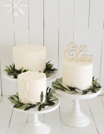 wedding cake disassembled seperate tiers modern texture linear