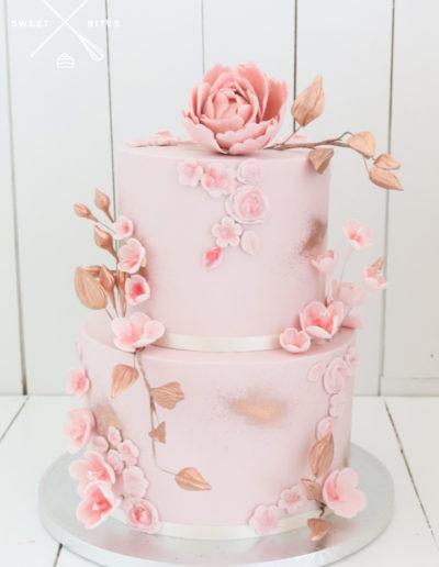 pink blush wedding cake rose gold sugar flowers roses