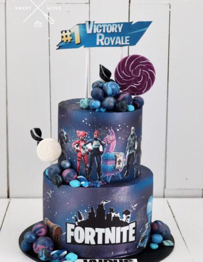 fortnite galaxy cake victory royale