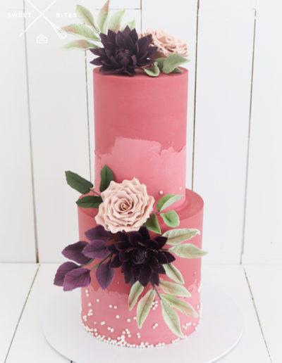 two tone tier sugar roses flowers pink wedding cake