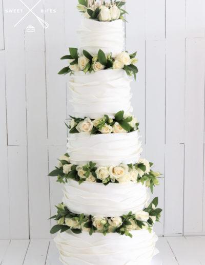 5 tier flower blocking roses wave scallop ruffle wedding cake