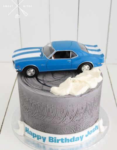 grey drifting cake skid tyre marks ford mustang car