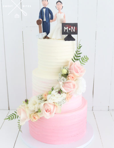 gamer topper bride and grrom wedding cake pink ombre linear