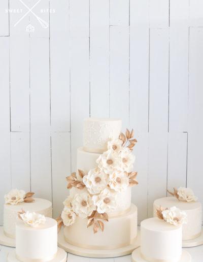 sugar flower wedding cake gifting 4 tier ivory