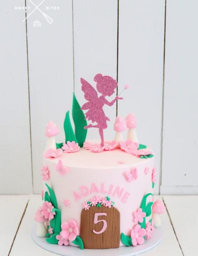 fairy house pink cake girl